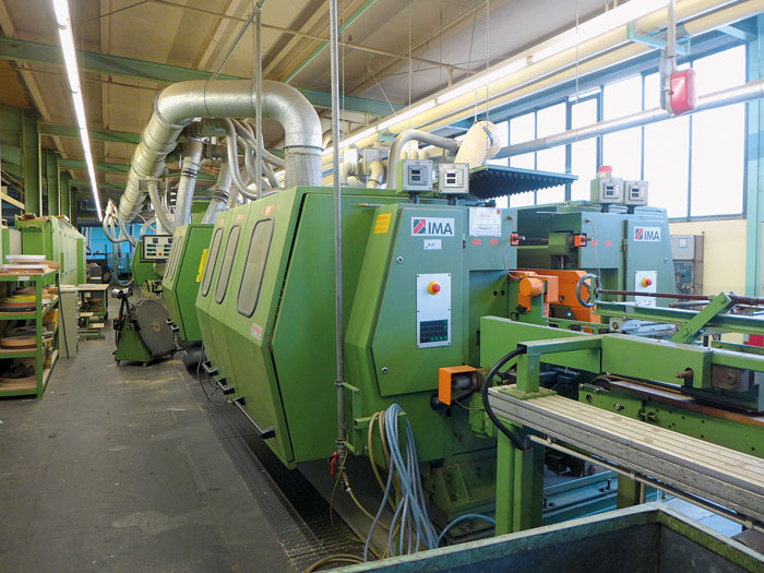Steht auch zur Versteigerung bereit: das große CNC-Bearbeitungszentrum aus der Firma Nolte. Das aktuelle Gebot lag zu Wochen