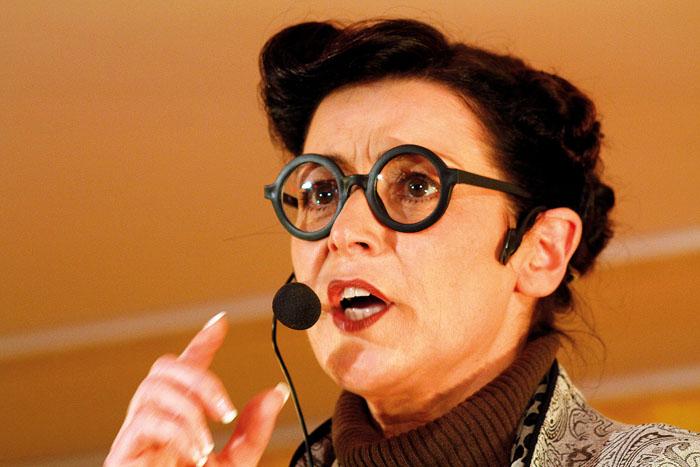 Petra Pickert als Mathilde Quasselkötter ist eine feste Größe im Mastholter Karneval.