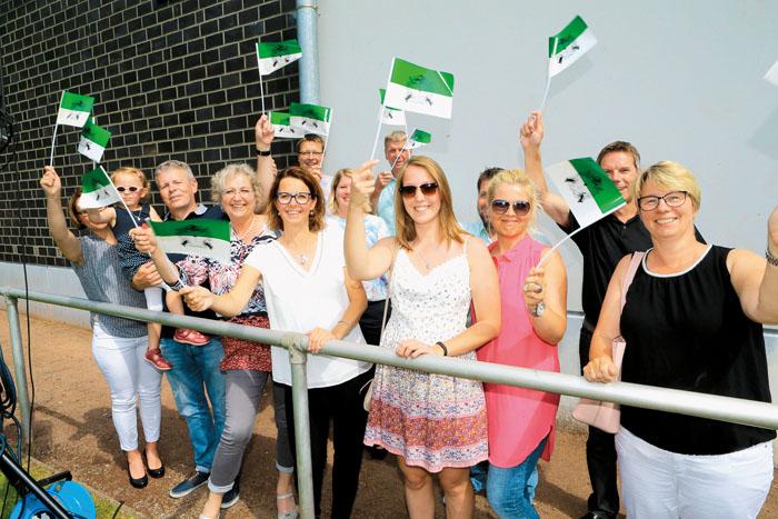 Fans haben die Königspaare in jedem Jahr und die drücken ihre Begeisterung in diesem Fall auch gerne mit den weiß-grünen