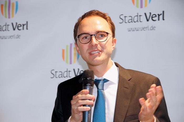 Bei einer Veranstaltung in Verl lüftete Philipp Rieländer das Geheimnis um die Anfrage von RTL. Foto: robui