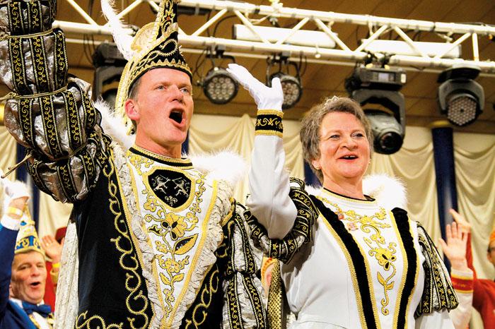 Für die Neuenkirchener sind sie das Prinzenpaar der Herzen, Dagmar und Thomas Freitäger. Auch der RSA gratuliert herzlich!!