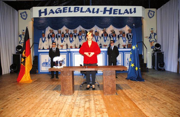 Hoher Besuch bei der Jeckenschar: Bundeskanzlerin Angela Merkel hält in Sudhagen ihre Neujahrsansprache.