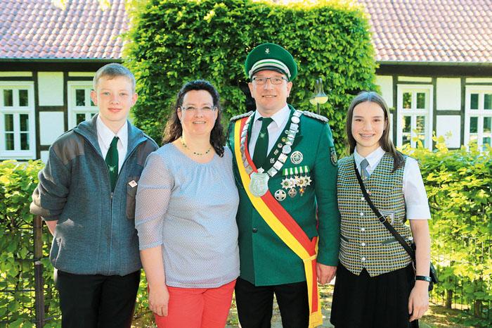 Die Königliche Familie im Römerdorf  freut sich auf das anstehende Jubelfest. So werden unvergessliche Tage auf Sohn Christ