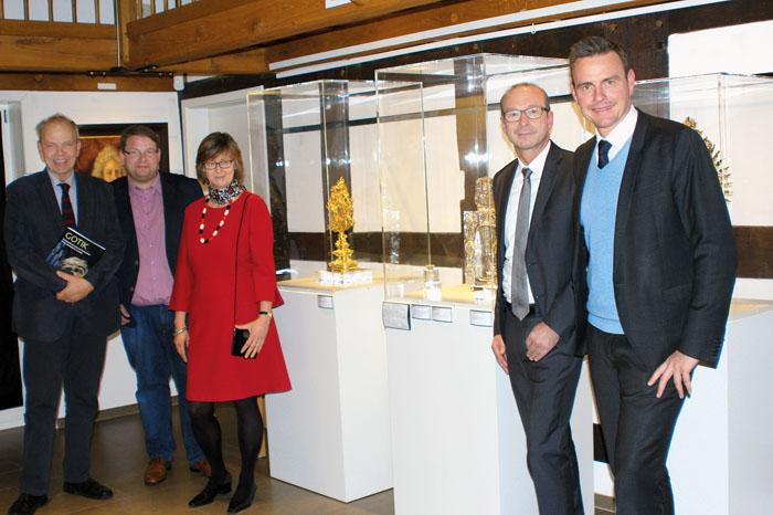 Prof. Dr. Christoph Stiegemann (Direktor Erzbischöfliches Diözesanmuseum Paderborn, v.l.), Thorsten Austermann (Leiter Kuns