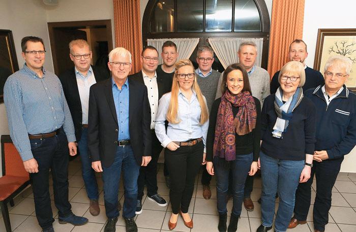 Der Vorstand (v.l.): Martin Hanswillemenke, Manfred Rehkemper, Wenzel Schwienheer, Markus Koch, David Schulte-Döinghaus, Dia