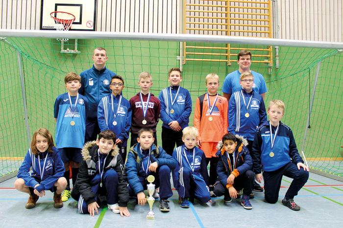 Das Trainerteam Alexy Dick und Sven Nitka war nach dem Turnier zufrieden mit der Leitsung ihrer U11.