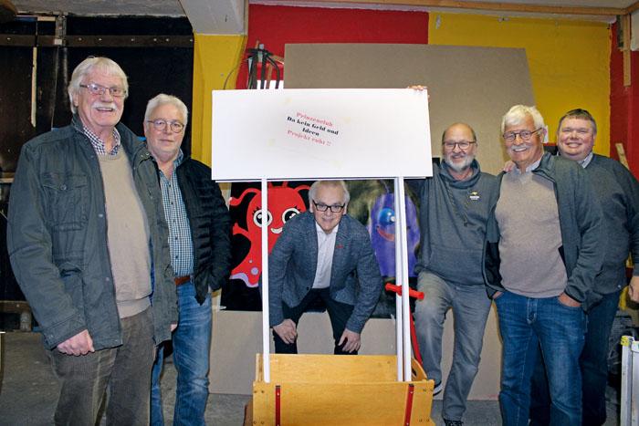 Der Prinzenclub, dem die ehemaligen Prinzen (v.l.) Manfred Grundmeier, Ferdi Biermann, Robert Junkerkalefeld, Klaus Stücker,