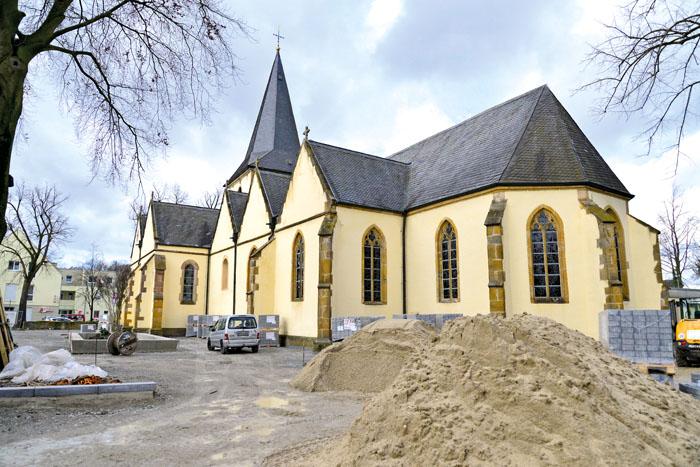 Der Platz rund um die Kirche St. Margareta wird zum Bodendenkmal. Das bedeutet, das künftige Erdarbeiten der Abstimmung mit