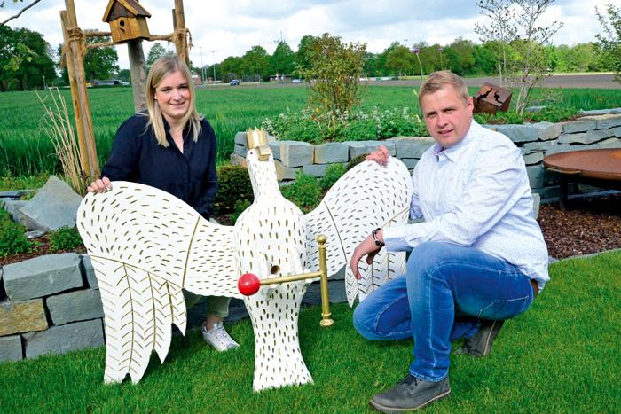Der Adler hat noch ein Jahr Schonfrist: Uwe Stenger und Johanna Lohmann verlängern die Regentschaft. Foto: RSA/Addicks
