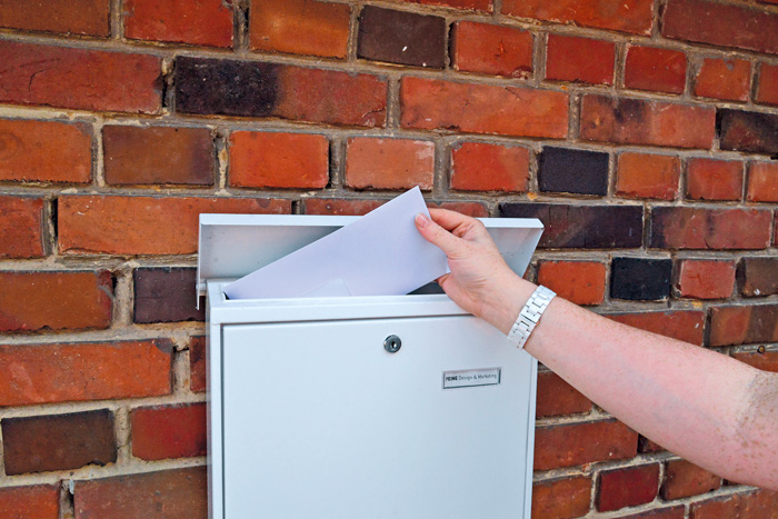 In Windeseile wurden die Briefe zugestellt – leider passierten dabei einige Fehler. Foto: RSA/Addicks