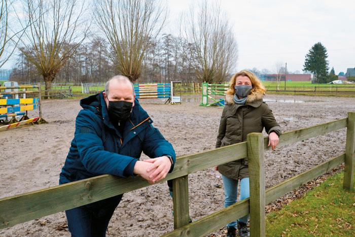 Manfred Berkemeier und Petra Grauthoff wollen den Reitern schon seit langem einen besseren Springplatz ermöglichen. Nun rüc