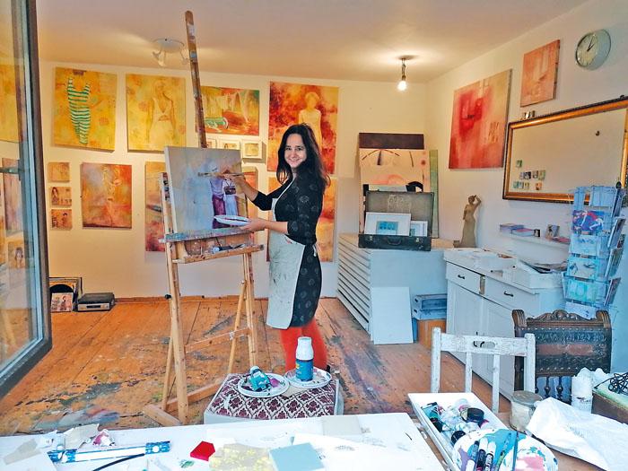Nicola Steffen zeigt ihre Kunstwerke in Rietberg. In der Mozartstraße 15 freut sie sich auf viele interessierte Kunstfreunde